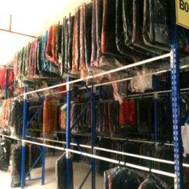 存储空间大的挂衣杆,中型货架牧隆货架厂批发
