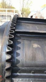 大倾角波纹挡边输送带不锈钢防腐 机场行李装卸车输送机滨州