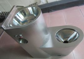 不锈钢连体马桶