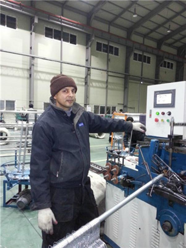 廠家供應鐵絲包膠線金屬絲衣架成型機東莞衣架機械金屬成形設備