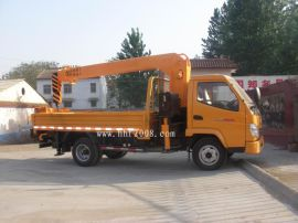 3.2吨随车吊国五发动机全液压吊机