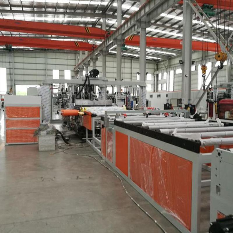金韦尔公司PC箱包板材生产线设备