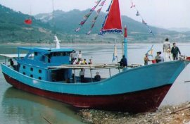 YD2600型玻璃钢沿海灯光捕鱼渔船