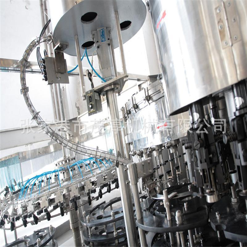 【厂家推荐】全自动灌装机 矿泉水灌装机 自动灌装 三合一灌装机