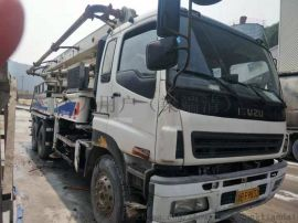中联40米混凝土泵车 二手混凝土泵车