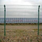 光伏發電站圍欄網防護網——沃達金屬絲網製造有限公司