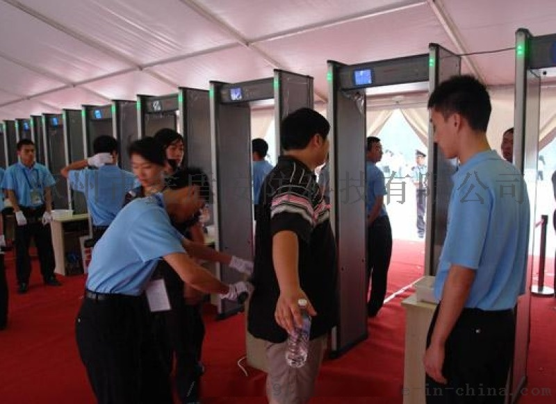6分区带灯柱安检门云南厂家供应