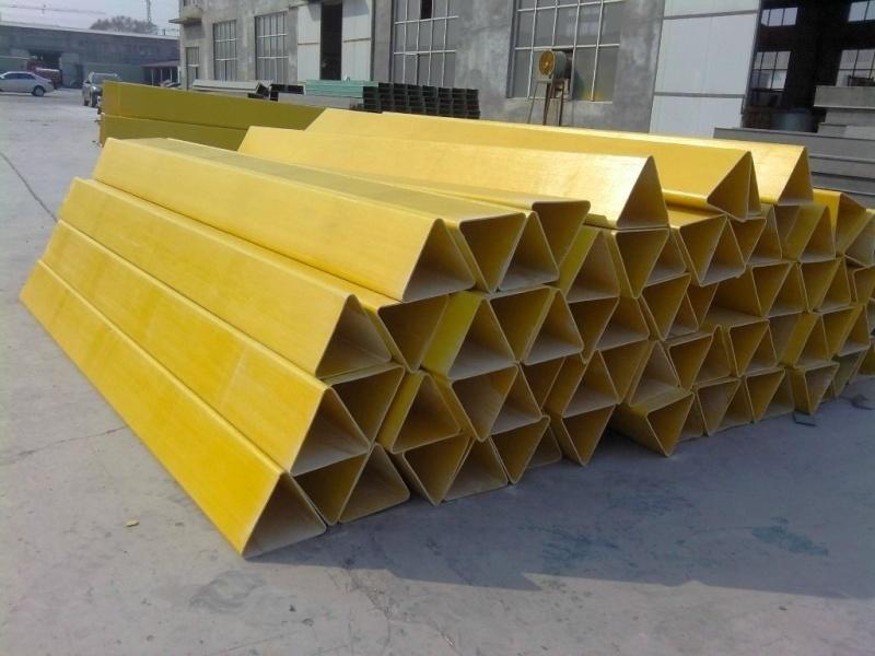 道口反光玻璃钢防撞柱固定标志牌专业生产