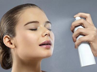 蜜妆**研制防晒水晶喷雾防晒乳定妆喷雾