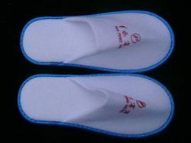 长期出厂价供应一次性无纺布拖鞋