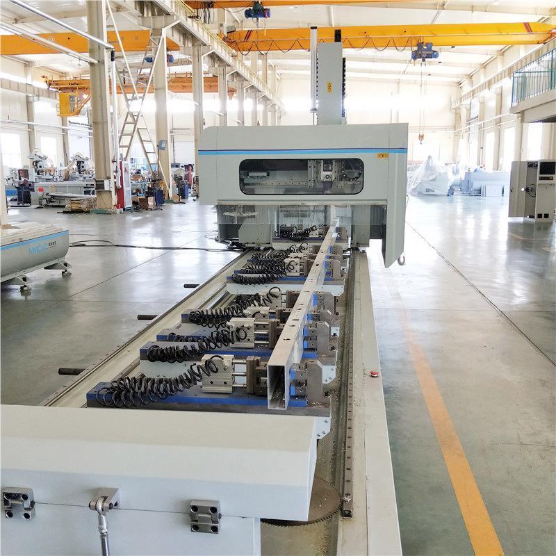 明美铝型材大型龙门四轴数控加工中心