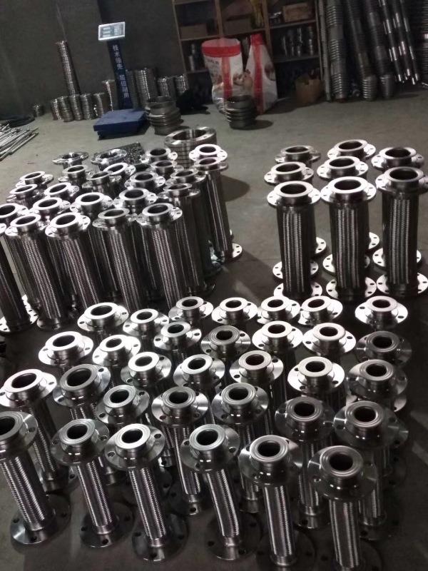 304不锈钢防爆挠性波纹连接管