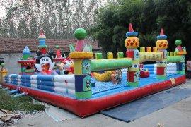 热销爆款迪斯尼充气城堡 大型充气乐园 户外拓展广告促销游乐