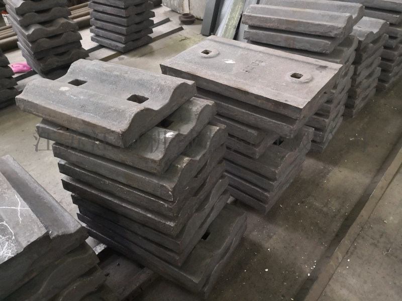 河南高耐磨煤仓衬板 江苏江河机械 复合破碎机衬板