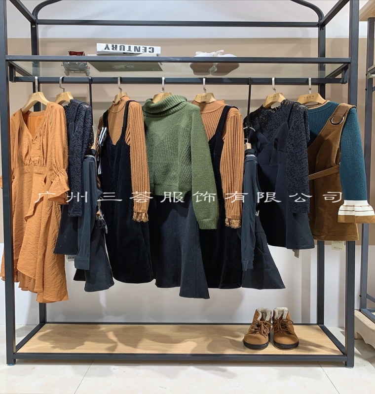 三薈服裝在哪余品牌庫存尾貨/時尚  剪裁歐絲蒂雅文