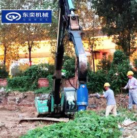 挖机不只挖土打破碎 加螺旋钻属具让工程增多