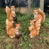 玻璃钢松鼠雕塑 户外公园仿真动物雕塑售楼处美陈装饰