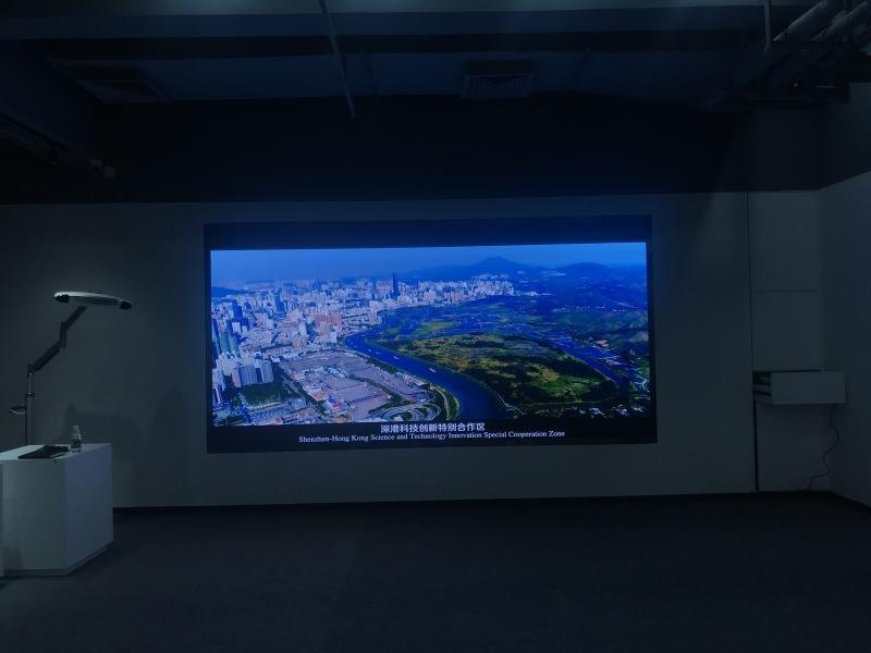 展厅高刷P1.8LED显示屏实拍效果配置参数表