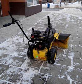 小型滚刷清雪机扫雪设备销售商