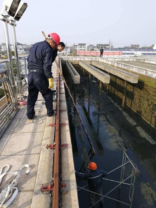 大理自来水厂水池伸缩缝堵漏 水池止水带补漏公司
