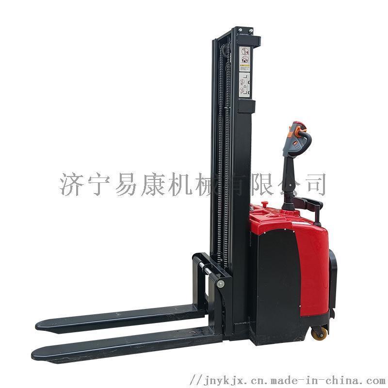 易康CQD纯电动堆高车叉车载重两吨