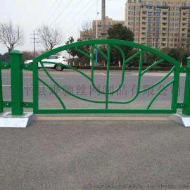 焊接绿色铁艺护栏 黑色锌钢围栏 三横杆