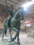广州玻璃钢 大型士兵骑马人物雕塑 马雕塑 户外大型广场公园雕塑摆件