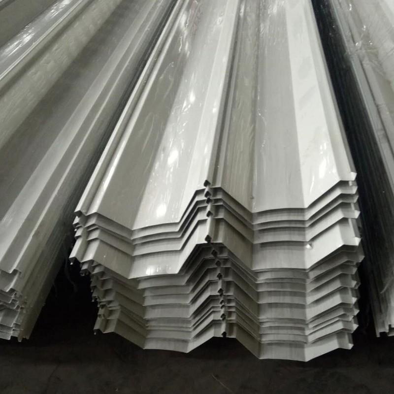 拉萨供应YX114-333-66型单板 0.3mm-1.0mm厚 彩钢屋面板/大跨度屋面板/新宇海蓝角驰屋面板