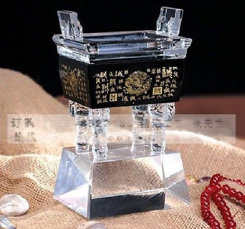 年終贈送客戶紀念禮品,水晶鼎擺件禮品,深圳水晶紀念禮品