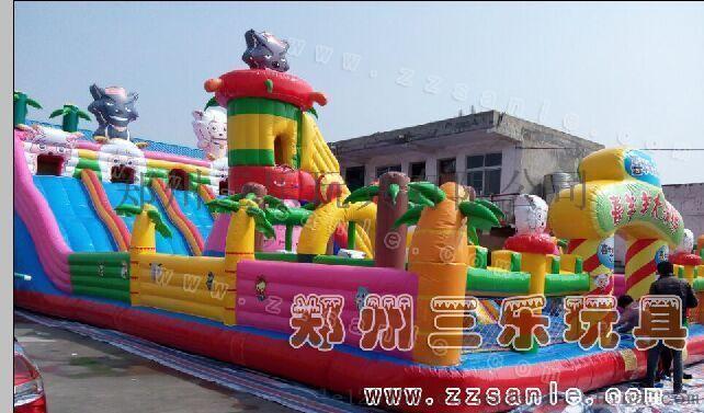 河南廠家一直推薦兒童充氣城堡圖片定做