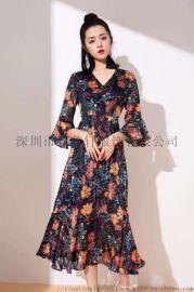 新款时尚V领印花收腰显瘦连衣裙 喇叭袖荷叶边中长裙
