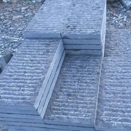 自然面崭道石门垛干挂蘑菇块石 选青石石灰岩大理石异型供应商