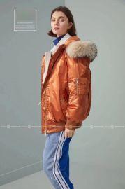 一二品牌N28羽绒服女装折扣店货源直播加盟正品