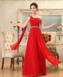 挂脖晚礼服、红装晚礼服、单肩晚礼服租赁