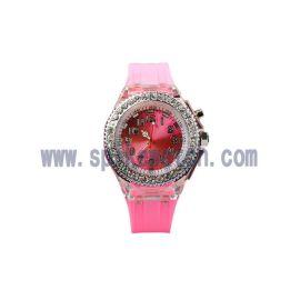 **手表厂家直销广告促销礼品七彩闪灯石英手表