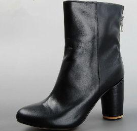 加工靴子 定做女靴 短靴批發