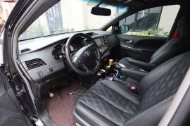 西安丰田塞纳包黑色真皮座椅及内饰 并改装星空顶