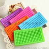 超人气彩虹糖果色硅胶包 横款长方形豆豆硅胶化妆包