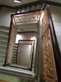 嘉兴铜板雕刻护栏 旋转铜楼梯镀金护栏艺术特征