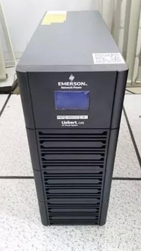 艾默生(EMERSON)GXE06K00TE1101C00 6KVA/4800W内置电池UPS电源