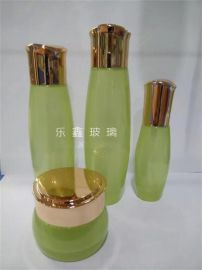 PE乳液瓶,厂家供应真空膏霜瓶,化妆品玻璃瓶设计