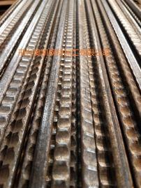 三棱钢 防滑纹 漏粪板三棱钢 养殖地板三角钢