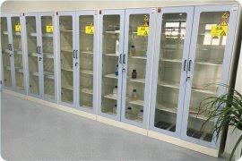 博兰特专业生产各种规格实验室功能柜,器皿柜,药品柜,其他功能柜实验室配件配套,耐腐蚀,品类齐全.