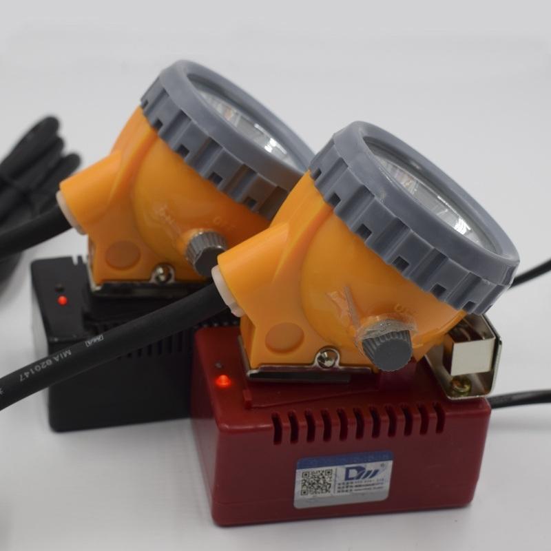 礦燈智慧充電器  礦燈照明電池
