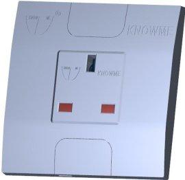 86型安装板埋入式一位单控开关带安全门英樯插座