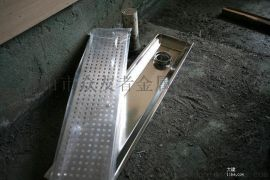 淋浴房不锈钢地漏,长条拉丝不锈钢地漏,淋浴房不锈钢型材,不锈钢非标地漏