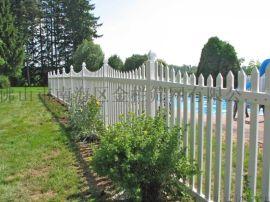 PVC社区围栏别墅护栏小区围栏广州护栏