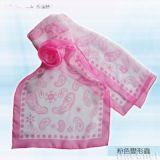 粉色变形虫丝巾