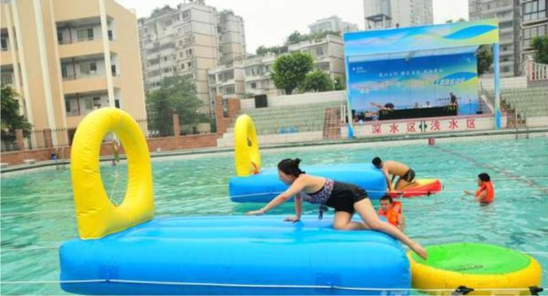 大型组合充气水上游乐场 水上游乐滑梯蹦床城堡等