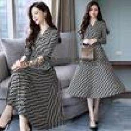 四季太陽花19年夏裝韓版寬鬆中長款連衣裙品牌女裝